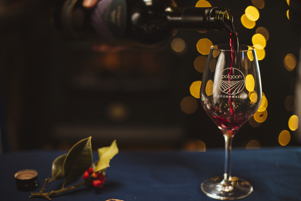 THE WINEMAKER'S GUIDE TO FESTIVE FOOD & DRINK